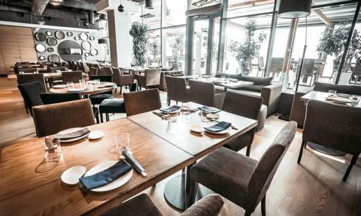 Restauratorzy narażali życie klientów? Upada jeden z pomysłów sanepidu na walkę z przedsiębiorcami