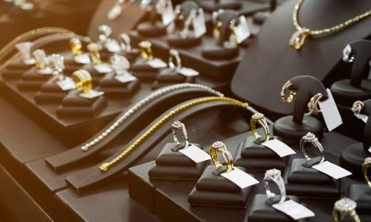 Diamentowa biżuteria. Rośnie popyt na wyroby jubilerskie