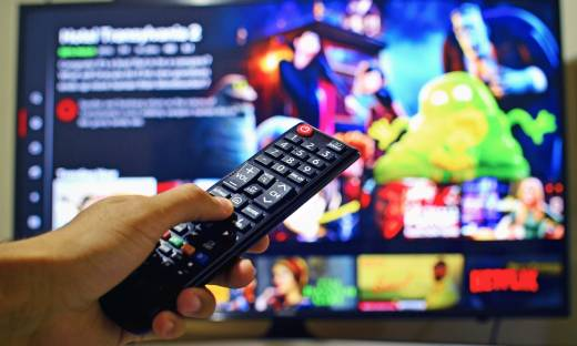 """Usługi """"wideo na życzenie"""" detronizują tradycyjną telewizję. Co będzie dalej?"""
