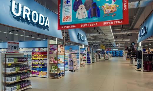 Carrefour Polska zwolni 400 osób zatrudnionych w hipermarketach sieci