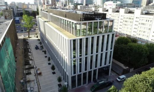 Inwestorzy nie boją się kryzysu. Liczne zakupy biurowców w Warszawie