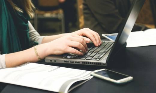 Przedsiębiorcy chcą uregulowania pracy zdalnej. Znamy postulaty
