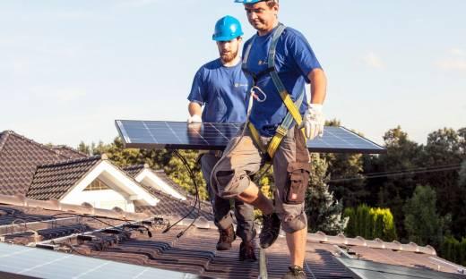 """Rośnie popyt na """"zieloną energię"""". SunSol potraja przychód i dąży do zeroemisyjności"""
