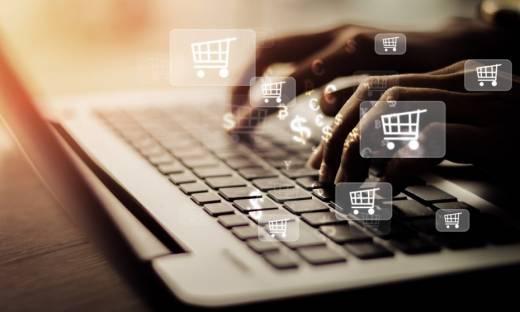 Gigantyczny wzrost zamówień przez internet [RAPORT]