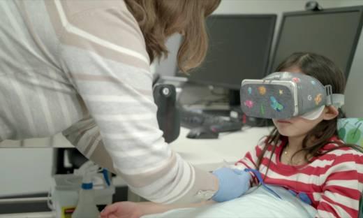 """Wirtualna rzeczywistość pomoże młodym pacjentom. """"Chcemy zminimalizować ból i stres"""""""