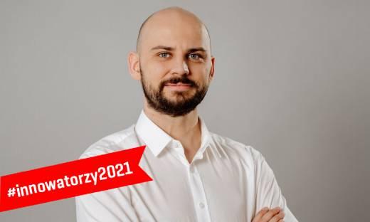 """Michał Dziergwa: """"EMYS to robot, który okazuje emocje, budzi relacje i uczy empatii"""" [WYWIAD]"""