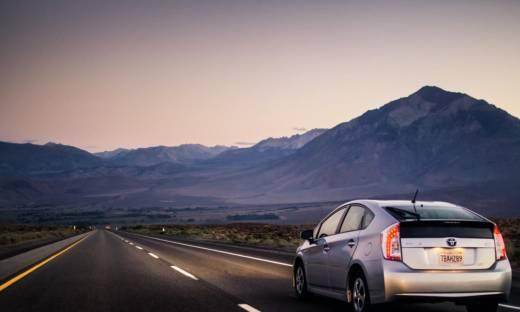 Toyota obniża produkcję samochodów aż o 40%. Co się stało?