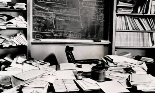 Albert Einstein: nieład na biurku sugerował dużą inteligencję