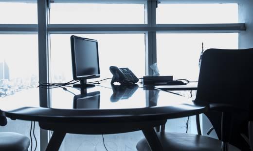 """""""Rz"""": eksperci wskazują czynniki zwiększające ryzyko utraty pracy"""