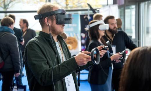 Jak otworzyć salon wirtualnej rzeczywistości? I czy warto?