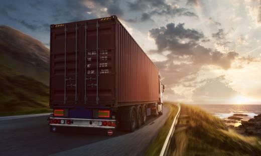 Blokada dla eksportu i importu. Jak radzą sobie polscy producenci?