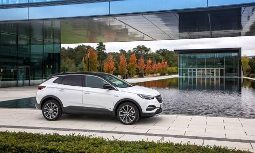 Opel Grandland X - pozory mylą, czyli hybrydowy SUV