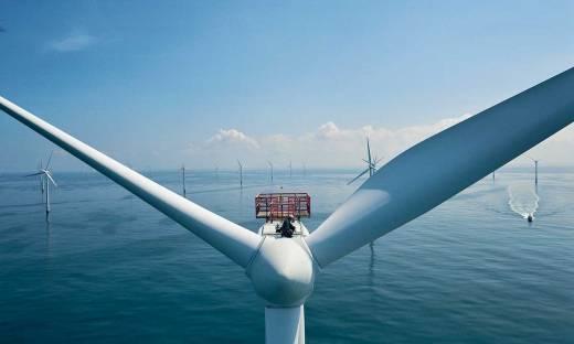 Raport: Energetyka. Wiatraki coraz bliżej na horyzoncie