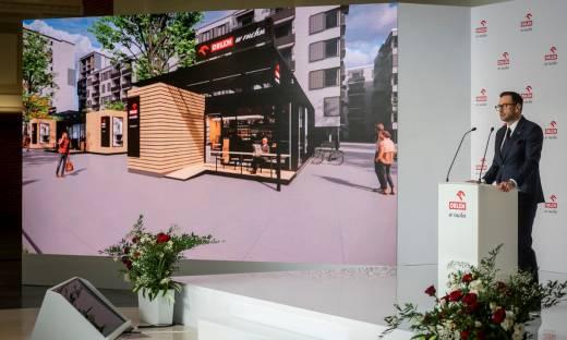 Orlen rzuci wyzwanie Inpostowi i Poczcie Polskiej. Powstanie nowa sieć automatów paczkowych