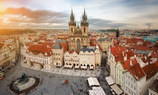 Firma w Czechach? Plusy i minusy oraz praktyczne porady