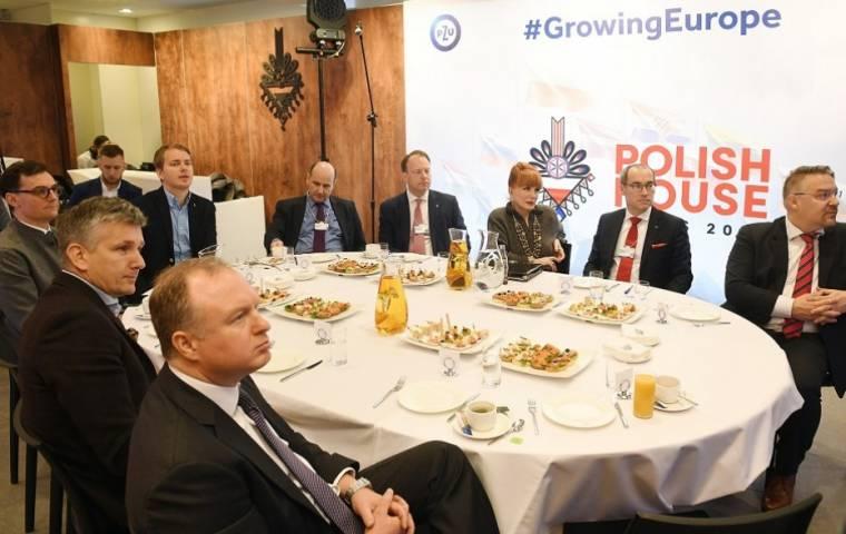 Wieści z Davos: Rozwój talentów i nowych technologii szansą dla Europy Środkowo-Wschodniej