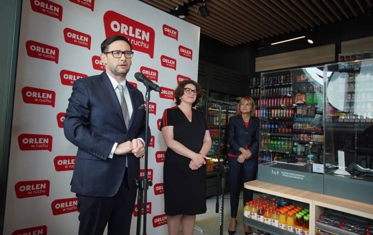 Orlen wychodzi ze stacji benzynowych. Wystartował pierwszy sklep Orlen w ruchu