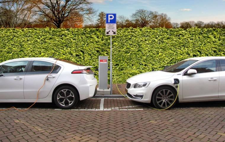 Wzrośnie akcyza na używane auta? Rząd chce wspierać elektromobilność