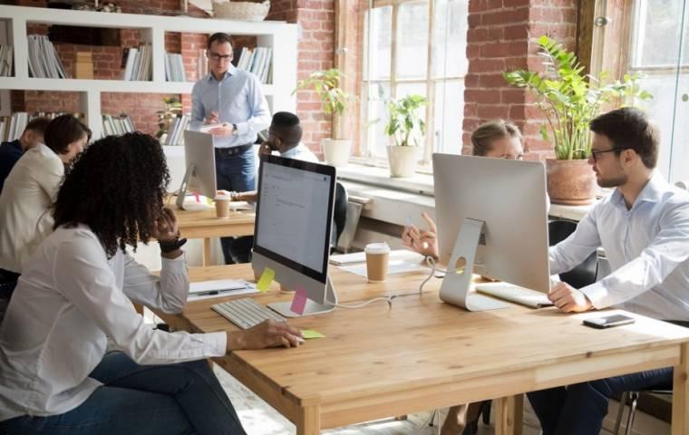 Marketing sensoryczny kreuje atmosferę w przestrzeniach biurowych