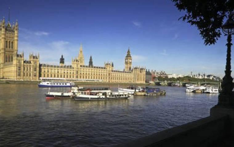 Wielka Brytania: ustawowy obowiązek zrównoważonego budżetu