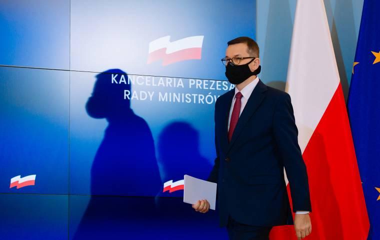 """Nie dla jednych ferii w całej Polsce. """"To nie jest nadzwyczajna okoliczność. Ludzie stracą zaliczki"""""""
