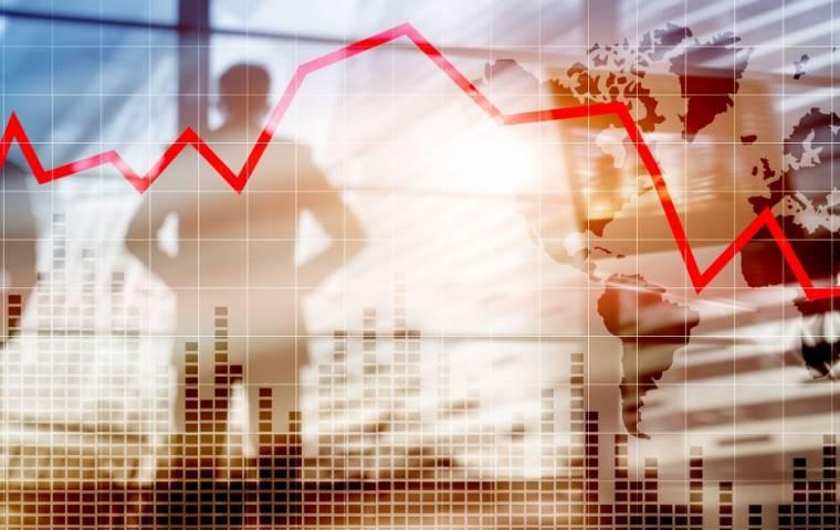 Mocny wzrost upadłości i globalna gospodarka na skraju recesji [ANALIZA]