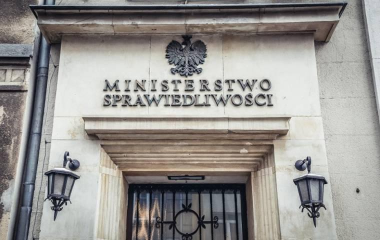 Norwegia ogranicza tzw. Fundusze Norweskie przez zagrożenie dla praworządności w Polsce