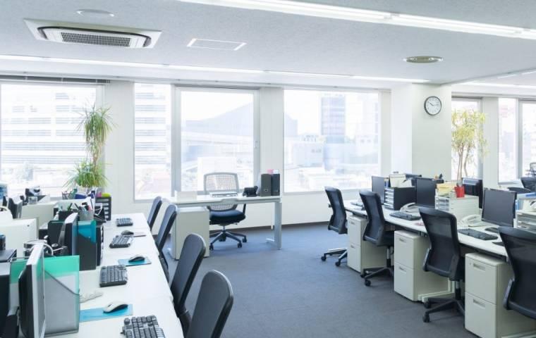 Six feet office rozwiązaniem dla pracowników biurowych?