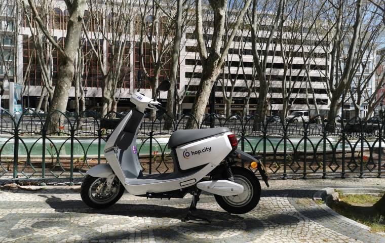 Polskie skutery trafiły do Portugalii. Hop.City na ulicach Lizbony