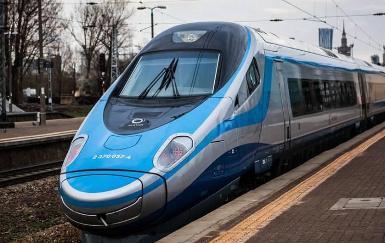 Prywatyzacja PKP Intercity planowana w 2018 r.