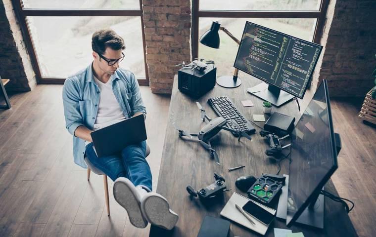 Home office generuje cyberzagrożenia. Jak się na nie przygotować?