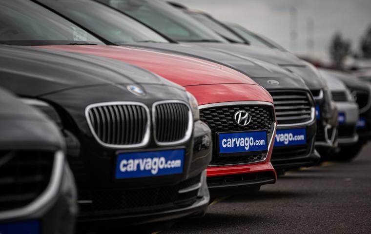 Największa platforma sprzedaży samochodów używanych online wchodzi do Polski