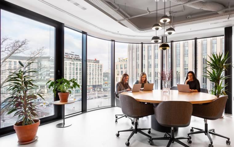 Z domu do biura w 15 minut? Nowa koncepcja projektowania miast podbija świat