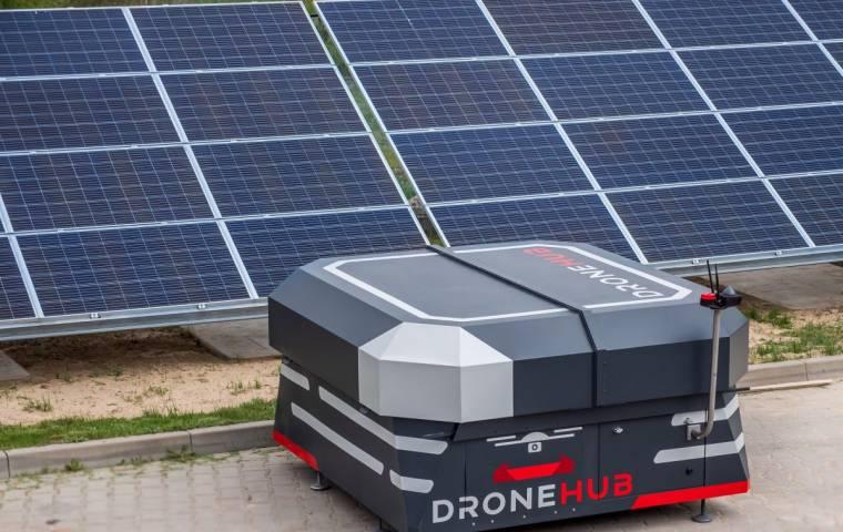 Przełom w ratownictwie? W Sosnowcu sprzęt medyczny będzie transportowany dronami
