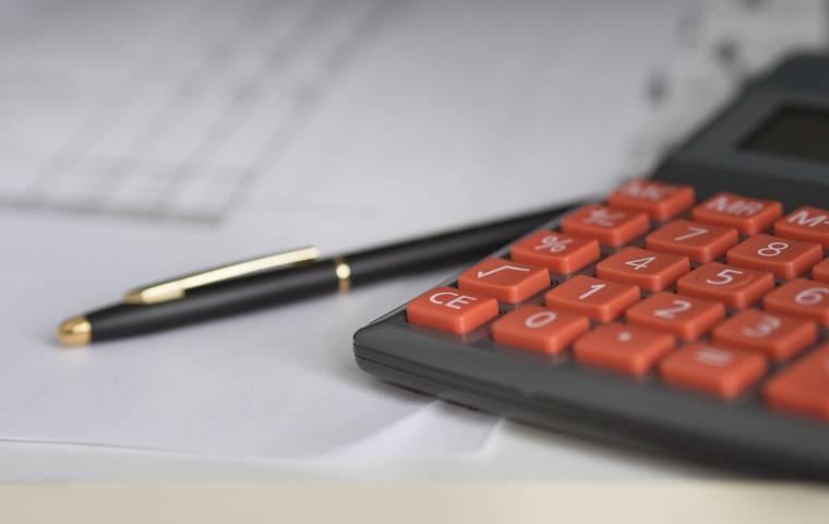 Które formy rządowej pomocy dla przedsiębiorców są nadal dostępne?