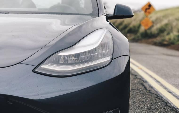 Europa: sprzedaż pojazdów elektrycznych stale rośnie
