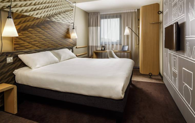 Gigant hotelowy ogłasza plan oszczędnościowy. Będą zwolnienia