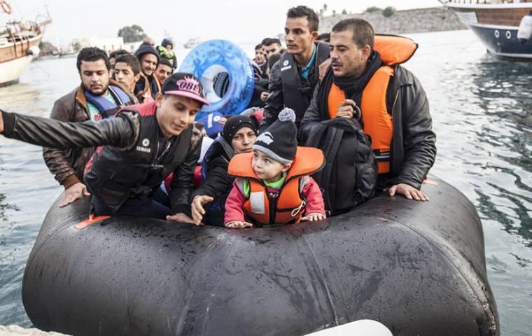 Komisja Europejska: Dzięki uchodźcom średnie PKB Unii może być wyższe o 0,2 proc.