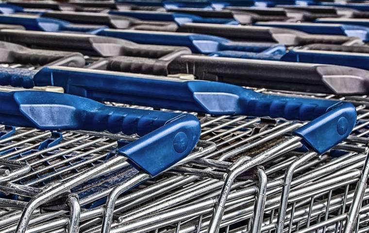 Liczba sklepów w Polsce wciąż spada. Jest ich już mniej niż 100 tys.