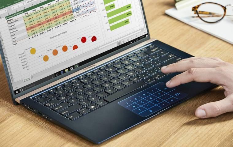 Laptop czy desktop? Jaki komputer wybrać