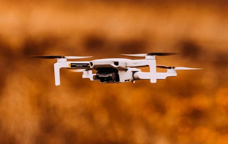 Zmiany w prawie lotnicznym. Odczują je m.in. posiadacze dronów