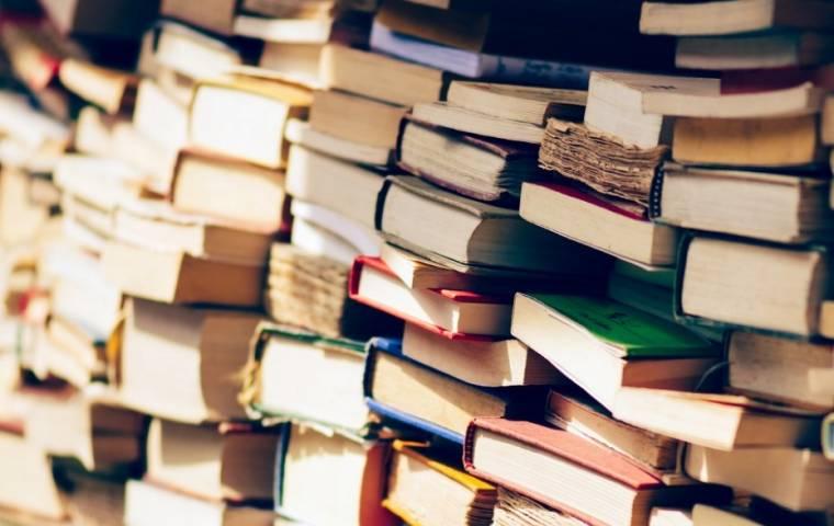 Najczęściej kupowane książki lutego. Nielsen Bookscan