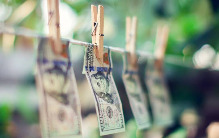 Zmiany w prawie. Nowe narzędzie do walki z praniem brudnych pieniędzy