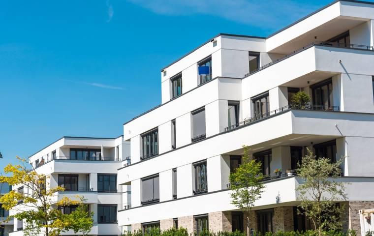 Mieszkania w mniejszych miastach na celowniku inwestorów [RAPORT]