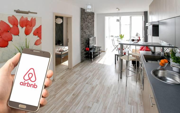Airbnb ogranicza wynajem mieszkań. Prawnicy: To dyskryminacja!
