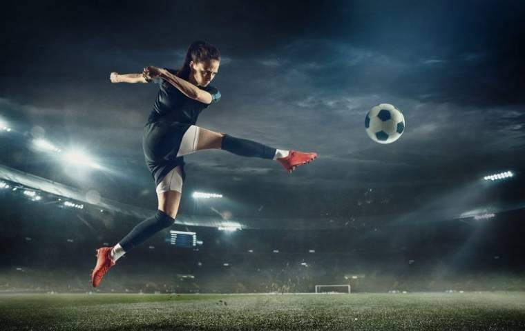 Kobiecy sportrośnie w siłę
