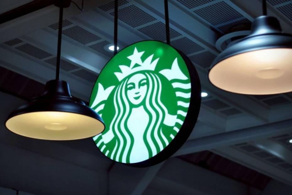 Starbucks z opcją dostawy w Polsce. Do 25 października bez opłaty za dowóz