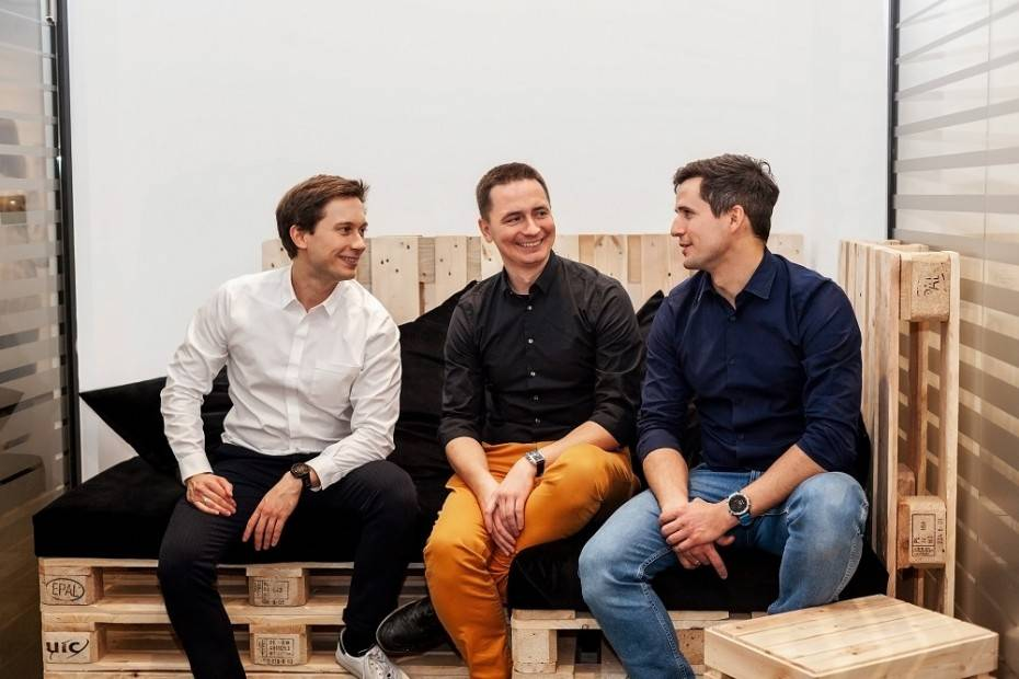 Tomek Kasperski (CEO Omnipack), Rafał Szcześniewski (COO Omnipack) i Karol Milewski (CCO Omnipack)