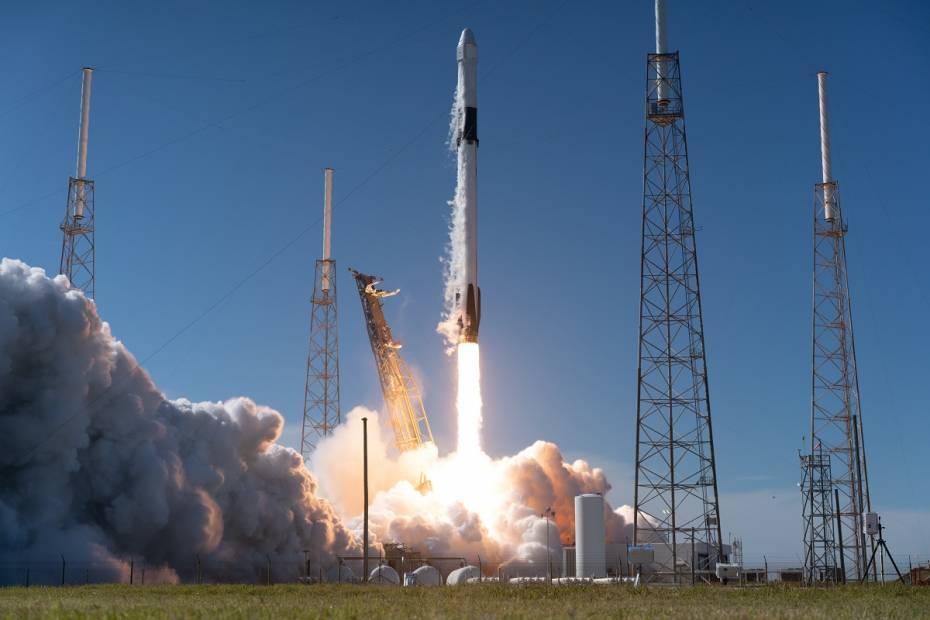 Falcon 9 podczas startu