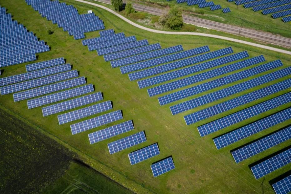 Facebook opiera się już na energii odnawialnej / F